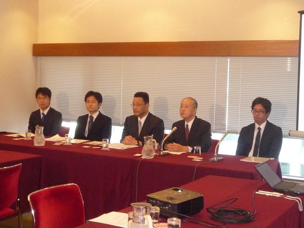 2013.9.13 日本記者クラブの記者会見の様子
