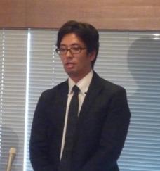 患者家族の思いを訴える斎藤博之氏